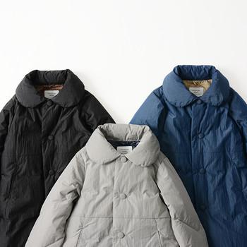 厳しい寒さが続く日々。体を温かく包んでくれるのは、ふわふわもこもこのダウンコートです。  ただひとつ気になるのが、地厚ゆえのもっさり感。コーディネートを組むときは、バランスよく仕上げる工夫が必要です。  今回は、ダウンコートをスマートに着こなすスタイリング術をお届けします!