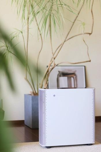 世界各国でデザイン賞も受賞している、スウェーデン発空気清浄機です。  手をかざすだけで操作でき、スマホとの連動も可能。 お部屋の臭いが気にならなくなったそうです。