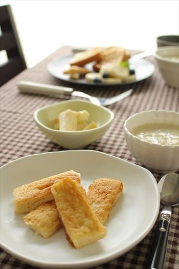 はちみつきなこバターの他には、フレンチトーストに使うのもおすすめ!ちょっとだけ余ったきなこ消費にぴったりです。卵や牛乳を使わないので、アレルギーが気になる方にも。