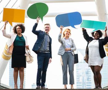 そのためにはわからないことがあれば適宜相手に「質問をする」などして、自分から積極的に相手からの情報を受け取りつつ理解を深めることも大切です。
