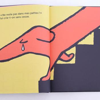細長いショートブレッドみたいな胴長のダックスフント「ラルフ」が大活躍する可愛い絵本。食べているお菓子とラルフをシンクロさせながら読み進めてみて。