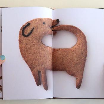画像のようにガレットを犬型で作っても可愛いですね。でも食べるのが勿体なくなるかも?