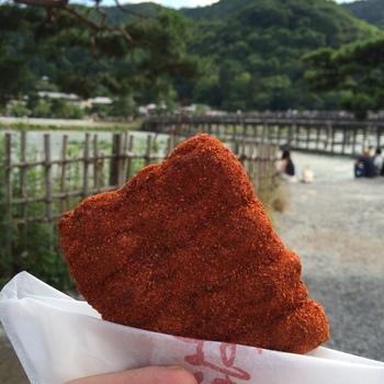 辛いもの好きさんにはこちらの真っ赤な「一味」はどうでしょう。 旅の思い出に食べてみるのもいいですね。