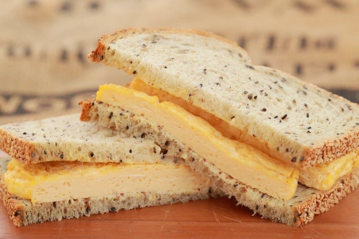 内容は変わりますが、サンドイッチもテイクアウトできます。