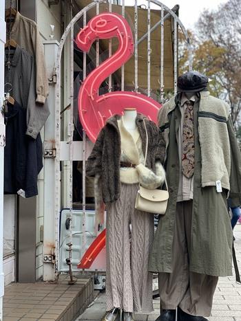 フラミンゴのかわいいネオン看板で有名なフラミンゴ。吉祥寺にも店舗を構えています。