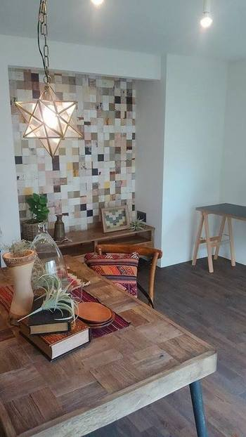 ダイニングテーブルは食卓としてだけでなく、趣味に勉強に、家族の団らんの場として、多目的に使うインテリアのひとつですね。  使用頻度が高いため、せっかく素敵な木製テーブルを購入しても、傷ついたり変色したり、メンテナンスが必要になることも。