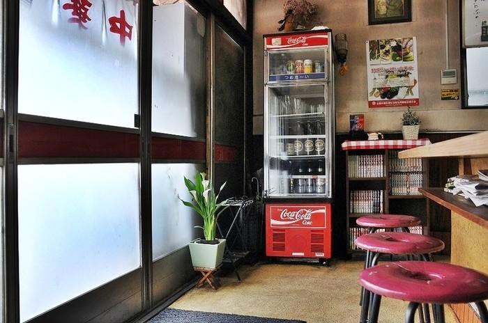 おしゃれなカフェやレストランもいいけれど、今、レトロな雰囲気のお店が気になる…!東京都内でオススメの「昭和レトロなごはん処」を紹介しちゃいます。