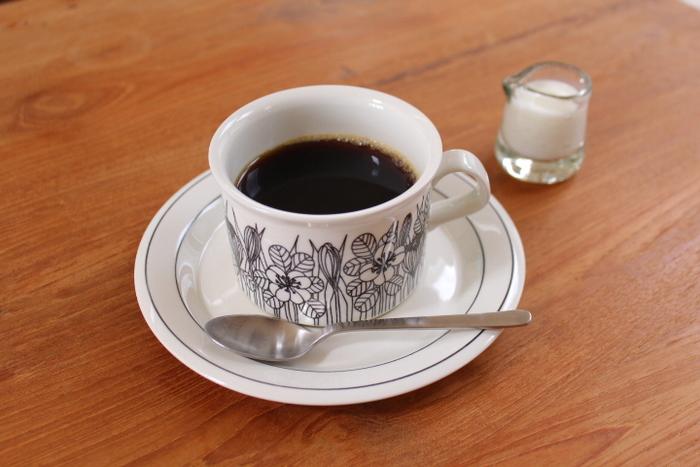 パッケージデザインにもこだわったコーヒーなら、いつもより上質で幸せな時間過ごせそうですね。 さっそくオンラインショップでお取り寄せして、自宅で本格的なコーヒーを味わってみませんか?