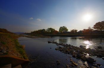 北山エリアは鴨川や球場、植物園などがあり、豊かな自然が広がっているほか、教会、コンサートホール、資料館、大学などの文化施設も充実しています。「しっかり観光する」というよりは、ゆっくり時間を過ごしたい方におすすめの京都の穴場スポットですね。