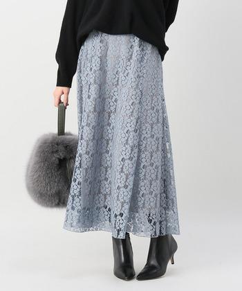 おしゃれさんに見える今年顔スカート!「レースフレアスカート」でつくる冬コーデ集