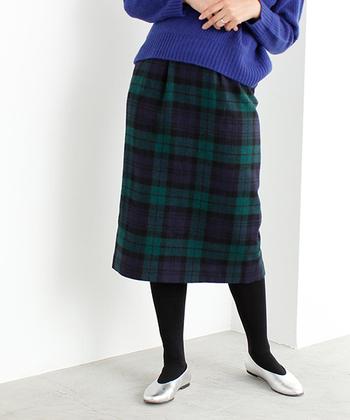 いかがだったでしょうか?タイトスカートは合わせるアイテムによってカジュアルにもレディにも見せてくれる魔法のアイテム。女性だからこその着こなしも楽しめるのでこの冬はタイトスカートに是非チャレンジしてみてくださいね。