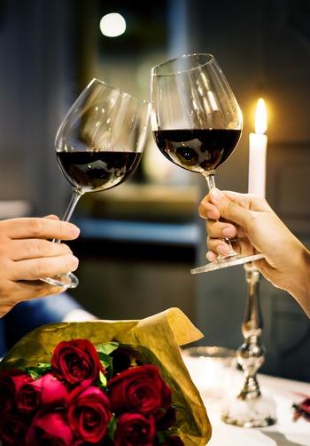若い頃と違い、大切な人との関係性はもっと深くて豊かになっています。そんな大人のバレンタインは、チョコにこだわらなくてもいいのでは?今年はちょっと趣向を変えて、相手の心に響く特別な贈り物をしてみませんか。