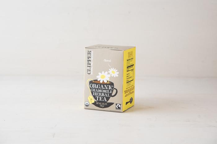 有機JASの認証を得ている安心のオーガニック ハーブティーとして人気のブランド、CLIPPER(クリッパー)。香り豊かで飲みやすい上に、パッケージもとっても可愛いです!カモミールの花のみで作られた明るい黄金色のカモミールティーは、心身を落ち着かせて、ゆったりリラックスしたいときにぴったりです。