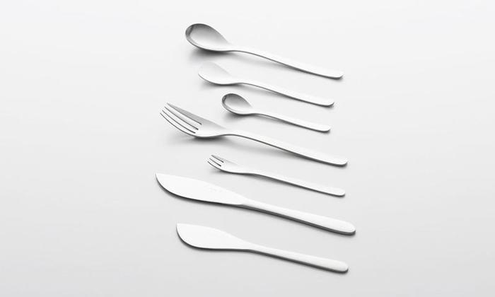言わずと知れた日本を代表するプロダクトデザイナー柳宗理デザインのカトラリー。多くの料理愛好家に親しまれてきたロングセラーデザインです。