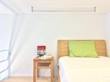 もうひとつロフトのいいところはお部屋が2つある感覚が味わえるということ。 例えばロフト部分を寝室にしてゆったりと睡眠ができるスペースにしたり、趣味部屋にして集中できるスペースにしたりとワンルームであっても、生活リズムにメリハリがつけられるようになります。