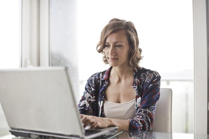 仕事では重要な立場に就くなど、キャリアが成熟してくる年代でもある40代。プライベートでは子供の教育や進学、家族の健康など自分以外のことでの悩みが増えている人も多いのでは?心身のためにストレスを抱え込みすぎないようにしたいですね。