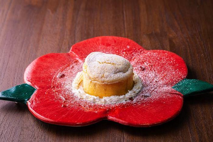 2018年12月「ごと」の実店舗にカフェがオープン。名物五島うどんや、可愛らしいパンケーキなど、ランチにティータイムに、お土産探しに、是非お出かけください。