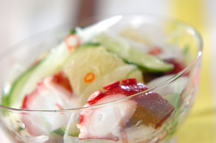 フルーツは、料理に使ってみるのもおすすめ。タコなどの魚介類とともにマリネにしたりサラダにしたり、爽やかなおいしさが満喫できます。朝食にも合いますね。