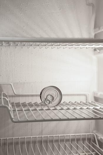 食品の買い出しで究極に賢い方法なのは、「在庫がなくなったら買う」というパターンでしょう。つまりは冷蔵庫が空、備蓄棚も空という状況。しかし、家族の人数や生活のパターンなど人それぞれに違うので、実現できない場合もあります。その家庭によっての在庫が「なくなった」というタイミングを選べばOKです。