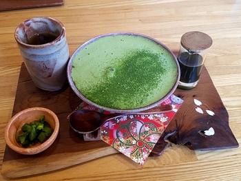 札幌の街中から近郊まで、和の魅力たっぷりのカフェ7軒をご紹介しました。香り高い日本茶に、和菓子の優しい甘さ。普段のカフェとはちょっぴり違う雰囲気で癒やされたいときに訪れてみてくださいね。