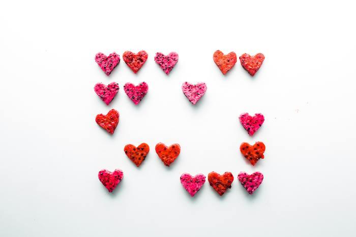 もうすぐバレンタインデー。街を歩けば、おしゃれなバレンタインチョコが販売されている光景を目にするようになりました。あなたは、誰に何を渡そうかお決まりですか?