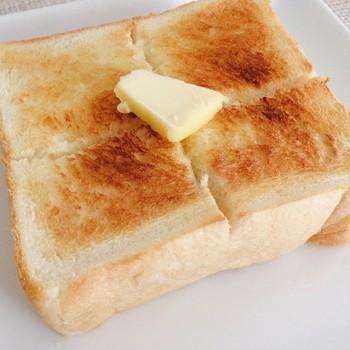 いい色に焼けてますね。 そのままももちろんですが、トーストも本当に美味しいんです。