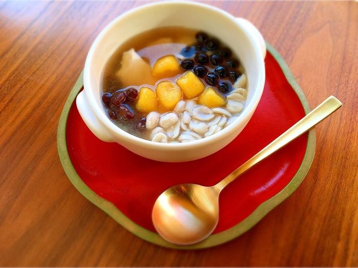タピオカミルクティーの他にも「豆花」や「ルーロー飯」などもいただくことができます。井の頭公園のお散歩の寄り道に是非!