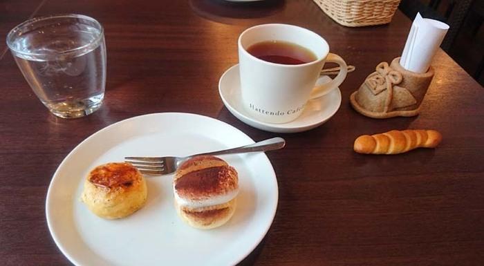 スイーツメニューもあるので、ゆっくりコーヒーをいただいて、空港の待ち時間を消化するのもよさそうですね。焼き立てのパンの香りもして、心豊かに過ごせますよ。
