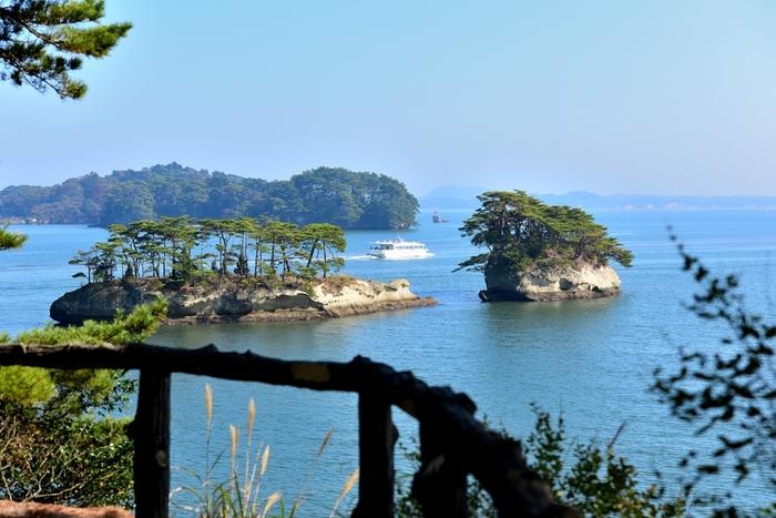 松島でいただくことができるランチには、お店の方の素材へのこだわりや、おもてなしの心がふんだんに込められています。まるで松島の海の景色のように、心が和むメニューばかり。のどかな景色と魅力的な観光スポット、そして美味しいランチをお目当てに、ぜひ松島に足を運んでみてくださいね。