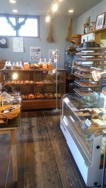ハード系の『パン・オ・ルヴァン』から惣菜系~おやつパンまで、日々、40-60種のパンが登場するそう♪