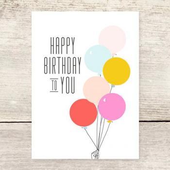 温かな色合いの風船に、ワクワクしたお誕生日を過ごせそうな予感がします。子供から大人まで送れるデザインです。