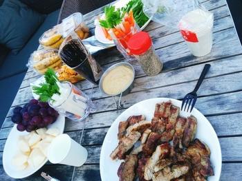 手軽に楽しむなら、11〜3月限定のBBQコースが一押しです。ポトフやサンドイッチなど、お肉以外のお料理も含まれているので、いろいろなものを食べたいという方にぴったり。