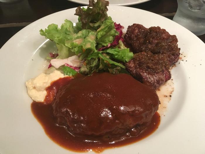 こちらは「和牛ハンバーグ」に「サイコロステーキ」を追加したランチ。濃厚なソースと肉々しいハンバーグの相性ばっちりで、食べ応えも十分。ランチメニューはリーズナブルな上、味も格別とあってお昼時は行列ができることもあるそうなので、早めに来店するのがいいかもしれせん。