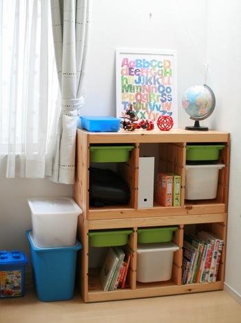 収納ボックスは自由にセットできるので、入れても入れなくてもOK。おもちゃのサイズに合わせて収納しやすい配置にカスタマイズしてみてください。