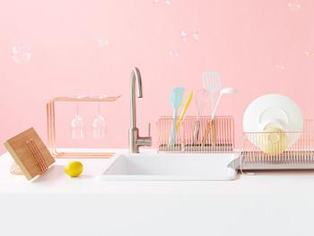 ピンクは女性らしさを演出する色です。柔らかなイメージのソフトなピンクは、安心感を与えてくれる色だと言われています。