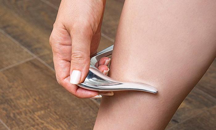 コリネット アイルは先端の尖った部分でピンポイントにツボを刺激できて◎。他にも形状を活かして脚や腕などを挟み込むようにして、筋肉を刺激することもできるので、オフィスに置いて疲れたときに使用するのも良いかも。