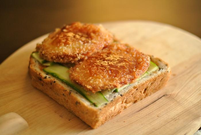 いかがだったでしょうか?様々な和の食材で新しいサンドイッチの魅力を知ることができましたよね。今回ご紹介したレシピ以外にも色々な食材を挟んで新しいサンドイッチを楽しんでみてくださいね。
