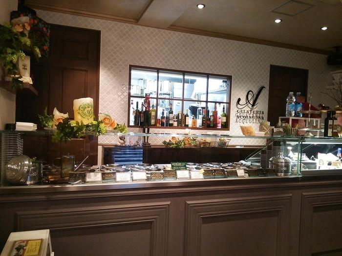 ベーシックなミルク味の他、オリーブオイルのジェラートもあります。さまざまな発見や楽しみを見つけられるジェラート店です!