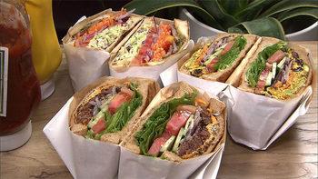 ボリューミーなサンドイッチは一つひとつ丁寧に手作りされています♪
