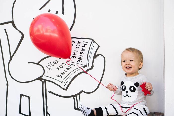 どんな表情も宝物・・・とはいえ、やはり残しておきたいNo.1は、我が子のかわいい笑顔。  簡単に笑顔を引き出すテクニックを3つご紹介します。