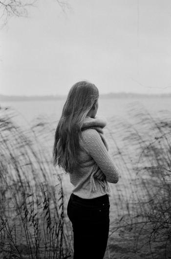いつもと変わらない日常をすごしていると、人生は限りある時間であることを忘れがちです。そんな限られた時間を、自分が望まないことに費やすのはもったいないですよね。 人生には重要な決断や選択を迫られることもあります。そんなとき、自分のやりたくないことを明確にした「ネガティブリスト」があれば、納得のいく決断や選択がスムーズにできるでしょう。
