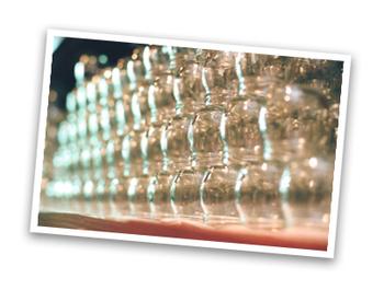 優しさを大切にする『まほろば大仏プリン』の瓶は、きちんとリサイクルされています。購入した方が食べたあとに、遠くから送ってくれることもあるんだそう。
