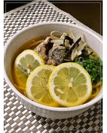 レモンの酸味が疲れやストレスをいやし、明日の元気の素を作ってくれます。