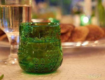 ころんと可愛いフォルムの「iittala(イッタラ)」のフルッタ。みずみずしいグリーンがテーブルをフレッシュにアップデートしてくれます。