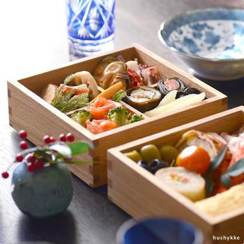 ふだんのお料理も特別に見せてくれて、テーブルをグッと華やかに演出してくれる「重箱」。お正月のおせちに使うだけではもったいないですよね。お弁当やホームパーティーなど、さまざまなシーンで活用してみませんか?