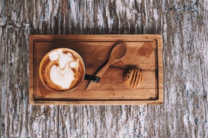 日本茶がメインのカフェも増えてきていますが、まだまだ日本全国にはないもの。どこでもおうちがカフェになる、日本茶を使った、おいしい飲み方のアレンジレシピをご紹介します。
