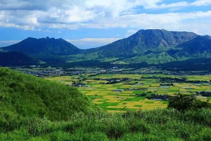 【熊本】雄大な自然に癒される。大人も子供も楽しめる「阿蘇観光&グルメ」ガイド