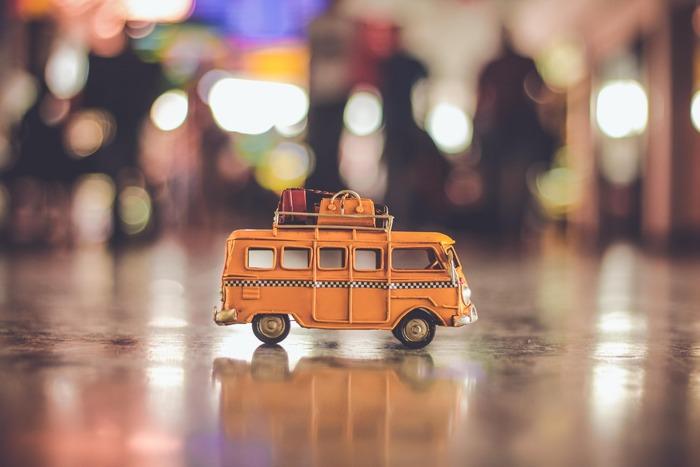 阿蘇の観光は車の方が便利ですが、もし無い場合は、バスやタクシーを利用しましょう。バスは、阿蘇神社や大観峰入口、阿蘇山西駅(阿蘇山上)、内牧温泉など、阿蘇の観光名所へ行くことができます。バスの場合は、時刻表を事前に確認しておきましょう!