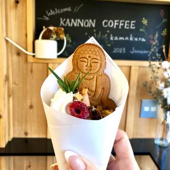クレープにトッピングできる大仏クッキーはまさにインスタ映え!長谷寺の行き帰りにもオススメの一軒です。