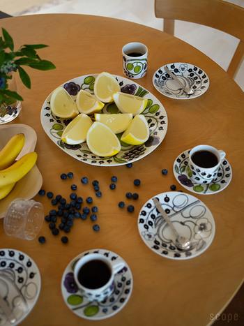 大きな洋食器は使いづらい?食後やおやつの果物を乗せるのはいかがですか?いつものカットフルーツが華やかに見えます。